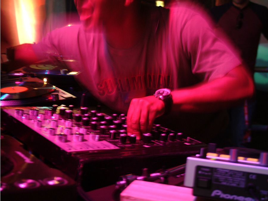 Top Electronica DJ Clubs