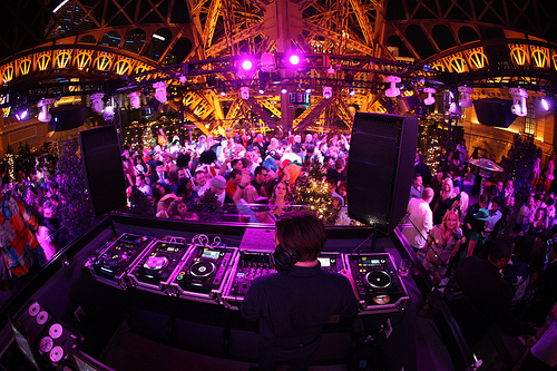 Chateau Nightclub DJ